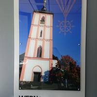 Acrylglasschild mit reversal hinterlegtem Digitaldruck