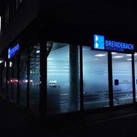Alu-Schildkassetten bei Nacht